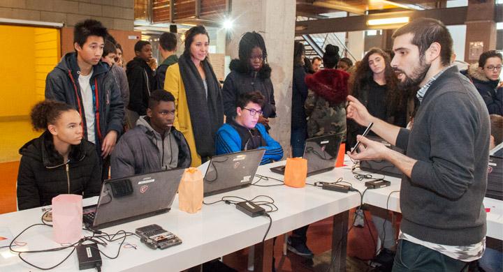 Co-DEV présent à la Zone Numerik pour conseiller les jeunes de Seine Saint-Denis sur leur orientation